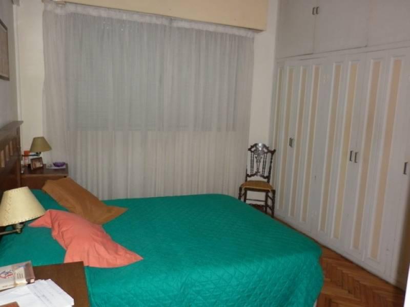 Otra vista del dormitorio